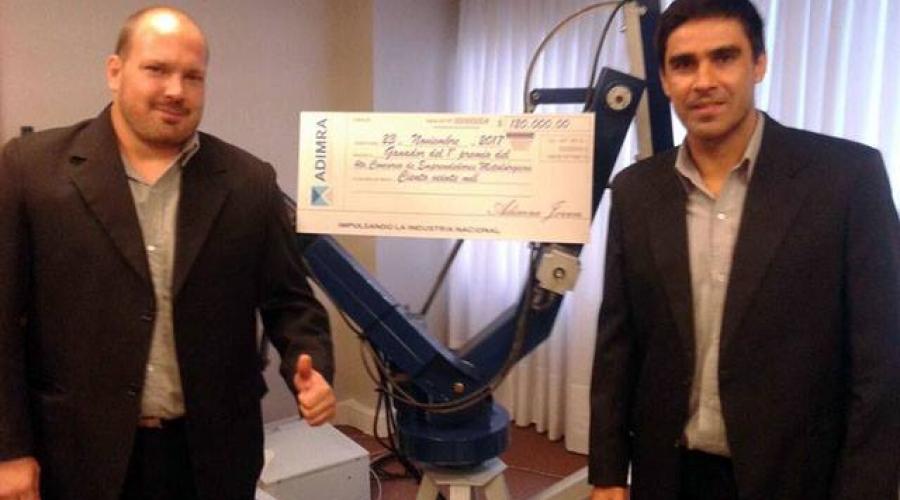 Entrevista al Ing. Sebastián Coulleri (Uno de los creadores del brazo robótico paletizador)